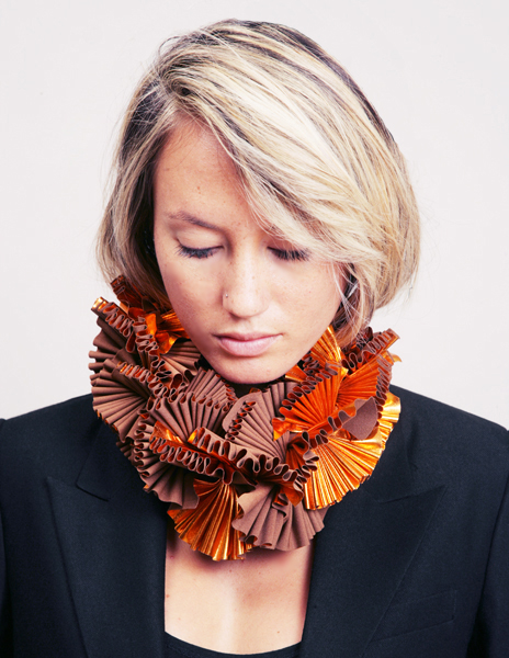 copper ruffle neck piece2